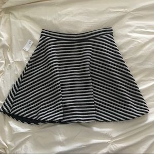 GAP Skirt. NWT!